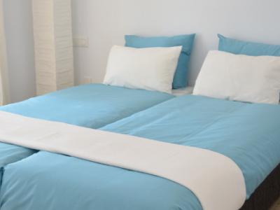slaapkamer appartement nerja