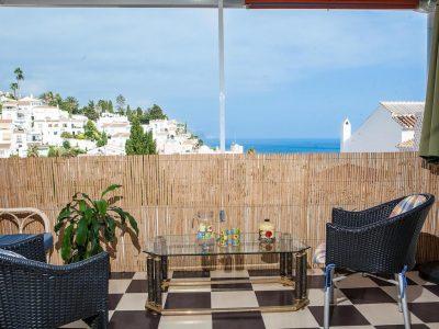 Casa Yrina terras Strandhuys Appartementen Nerja