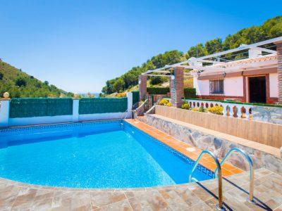 Vakantiehuis Casa Bonita in Nerja met zwembad