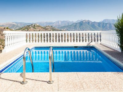 Vakantiehuis Villa Montemar in nerja met zwembad